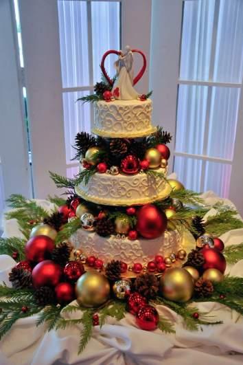 Christmas Red Wedding Cake