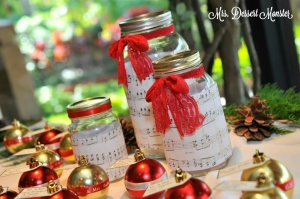Christmas Wreath Mason Jar Centerpieces - Mrs. Dessert Monster