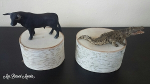 DIY Bookends Bull & Gator - Mrs. Dessert Monster