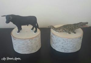 DIY Bookends Bull & Gator - Mrs. Dessert Monster