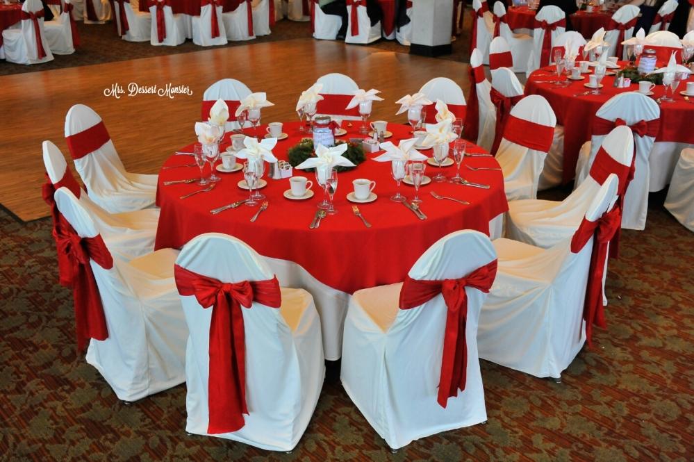 Wedding Wednesday - Christmas Wreath Mason Jar Centerpieces (5/5)